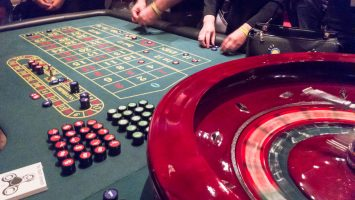 How To Play Free Slots Gambling